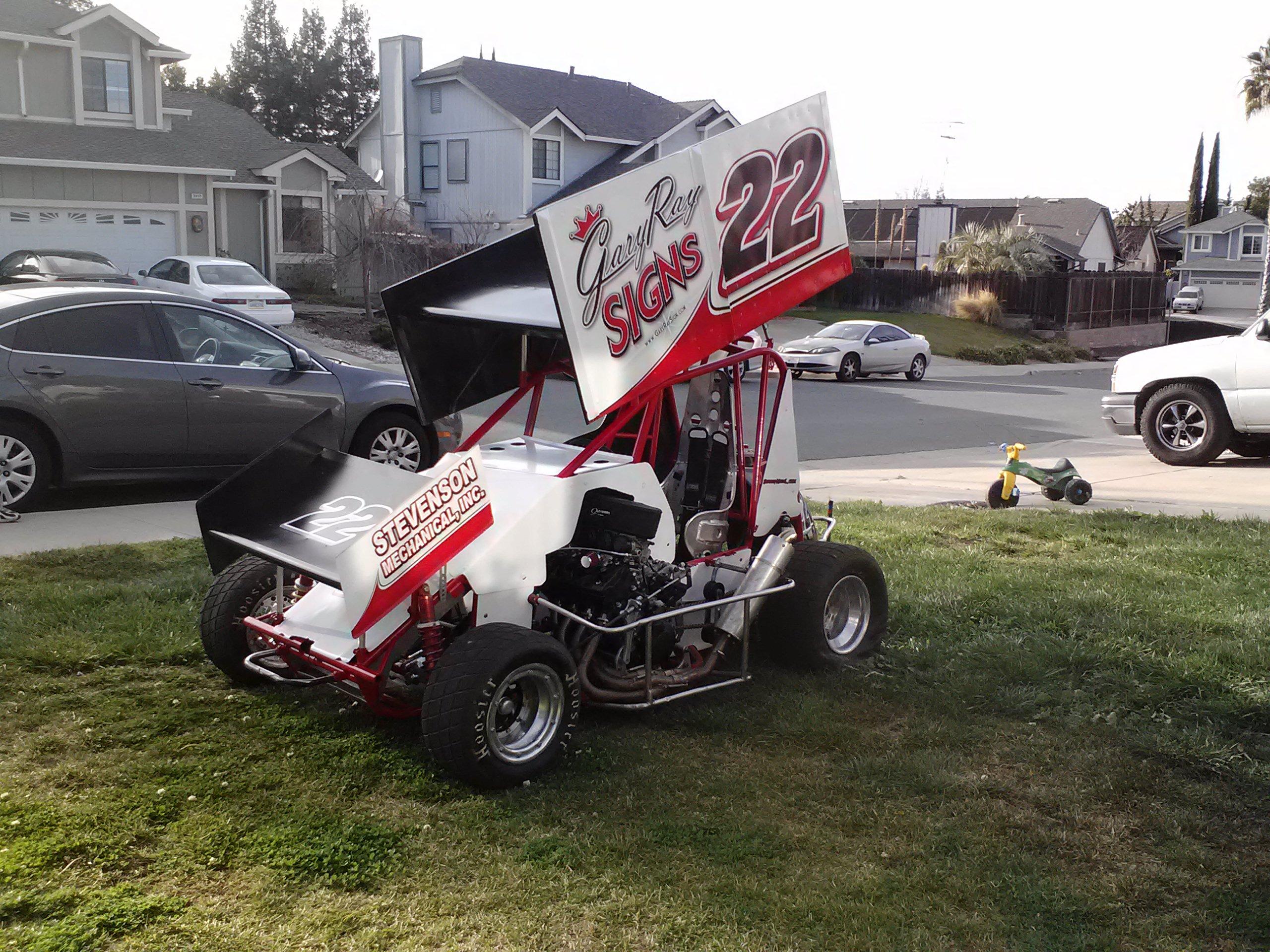Gary Ray Sign Sprint car